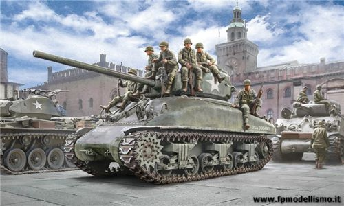 M4A1 SHERMAN with U.S. infantry in scala 1:35 IT6568 * EURO 35,00 in Kit ** Euro 85,00 Costruito (Iva Incl.)